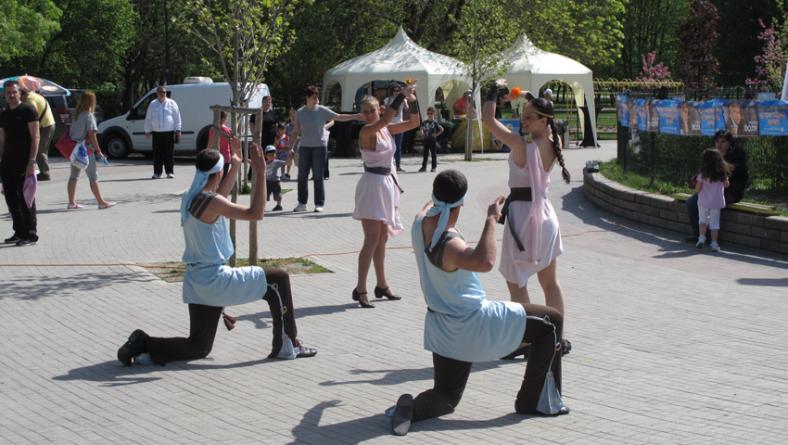 Озвучаване на увеселение в парк Гео Милев на 27.04.2013 г.